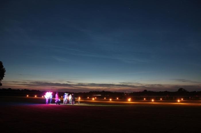 027Nachtflug_Volksfestfliegen
